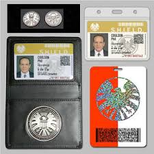 agents of s h i e l d shield badge holder phil coulson s 2 cards
