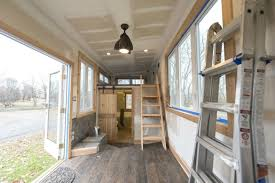 home design diy diy mobile tiny cabin is made out of skateboards and a