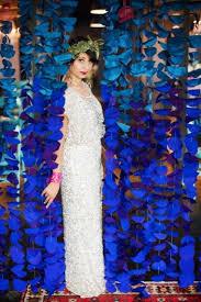 wedding backdrop blue dazzling blue diy fabric circle wedding backdrop weddingomania