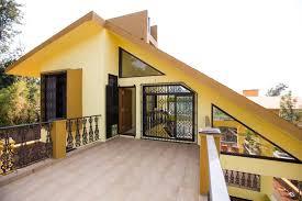 amaltas a laburnum themed bungalow u2013 accommodation in panchgani