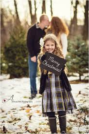 merry christmas family shoot at moutain creek tree farm northeast