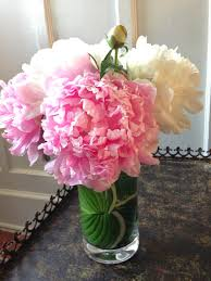 Square Vase Flower Arrangements Bluemopheads Floral Design How To Line A Clear Vase Like A Pro