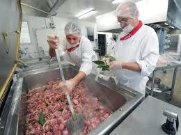 sodexo cuisine sodexo prépare 2 500 repas par jour pour les écoles et les maisons