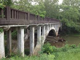 abandoned places in indiana eerie indiana abandoned shelbyville road bridge crossing floyd s