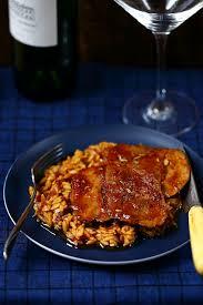 cuisiner un gigot gigot d agneau rôti aux pâtes à la grecque les grecs agneau et rôti