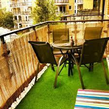 balkon kunstrasen kunstrasen für balkon terrasse oder garten tolle beispiele