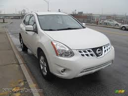 nissan white rogue 2013 nissan rogue s awd in pearl white 100368 nysportscars com