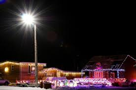 best christmas lights in the world christmas lights in inuvik top of the world