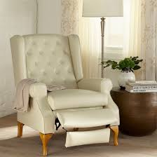 amazon com brylanehome queen anne style tufted wingback recliner