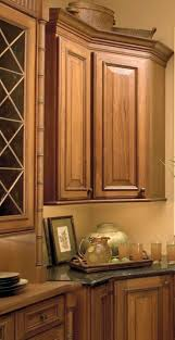kitchen cabinets colonial style kitchen cabinet hardware