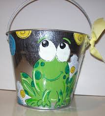 painted easter buckets frog easter baskets easter wikii