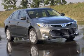 2013 toyota avalon hybrid warning reviews top 10 problems