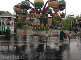 Great America Six Flags Rides Mom Mart Six Flags Shenanigans With The Whole Family