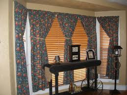 Fishtail Swag Curtains Curtains Fishtail Swag Curtain On Large Window Sewing Pinterest