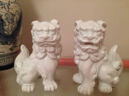 white foo dogs vintage white foo dogs pair white ceramic foo dogs shishi lions