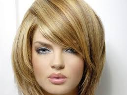 pics of women with blonde hair with lowlights blonde hair caramel lowlights medium hair styles ideas 18334