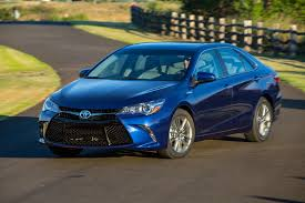 2015 toyota camry hybrid first drive motor trend