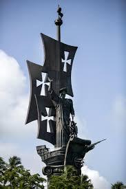 Christopher Columbus Flag Puerto Rico U0027s Christopher Columbus Statue Survives Hurricane Maria