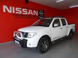 nissan navara 2013 interior 2013 nissan navara 2 5dci se double cab titanium nissan demos
