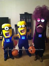 Cute Ideas For Sibling Halloween Costumes Minion Costumes Homemade Three Of A Kind Minion Siblings