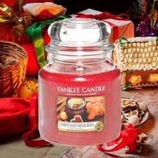 yankee candle christmas memories medium jar u2014 david dror