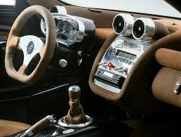 koenigsegg huayra interior pagani zonda car interiors pinterest pagani zonda car