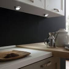 le led pour cuisine led s go eclairage design plan de travail cuisine newsindo co