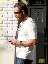 tom collins guy tom hardy grove guy photo 2643174 tom hardy pictures just jared