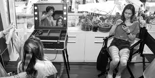 Portable Hair And Makeup Stations Lighted Makeup Stations For Tv And Film Productions
