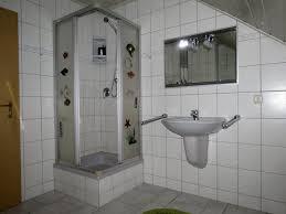 Badezimmer Badewanne Dusche Badezimmer Pension Rieck In Hennef