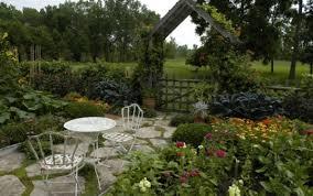 vegetable garden layout basics furnish burnish