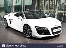 audi showroom white audi r8 spyder in car showroom richmond england uk stock