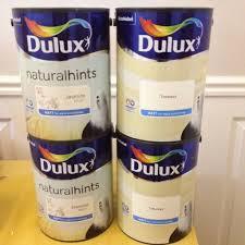 unopened dulux matt emulsion paint 2 x jasmine white 5l 2 x