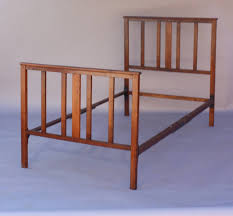 Bed Frame Joints Circa 1910 Antique Arts And Crafts Bed At 1stdibs