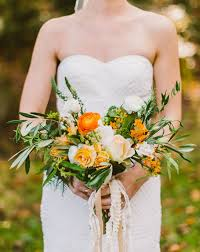 october wedding flowers and greenery in season for fall weddings