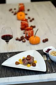 cuisiner cerf recette de filet de cerf sauce aux châtaignes et fève tonka la