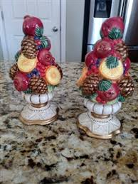 fitz floyd winter spice pattern salt and pepper shakers set