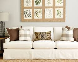 Two Different Sofas In Living Room by Guide To Choosing Throw Pillows How To Decorate