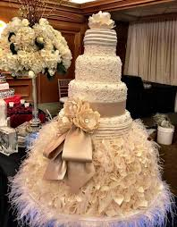 big wedding cakes wedding cake designs for classic wedding party in big size