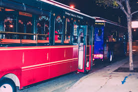 Chicago Trolley Map by Chicago 2017 Halloween Trolley Bar Crawl Saturday Tickets Sat