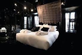 deco de chambre noir et blanc suspension maison du monde idee salon couleurs chaudes interior