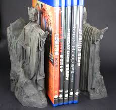 gifts for lord of the rings fans the lord of the rings hobbit third gate of gondor argonath statue