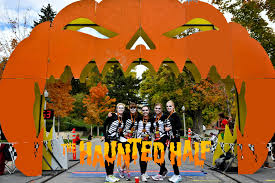 halloween themed race provides entertainment for 13 1 miles the