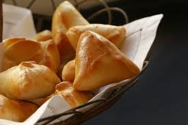 sp cialit russe cuisine on dine chez nanou les fameux pirojkis russes pour un apéritif gourmand