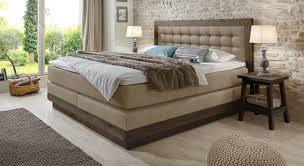 Schlafzimmer Braunes Bett Funvit Com Schlafzimmer In Grau