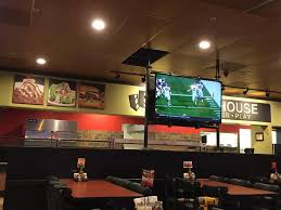 Round Table Pizza Alamo Vacaville Round Table Clubhouse Home Vacaville California