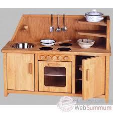 jouet en bois cuisine image et photo de sur le bois des jouets