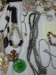 ebay rings vintage images How i buy and sell vintage costume jewelry on ebay and at the flea jpg