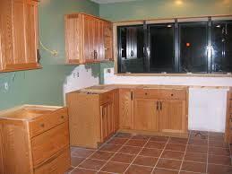 How To Refinish Kitchen Cabinets Best Way To Refinish Kitchen Cabinets Newyorkfashion Us