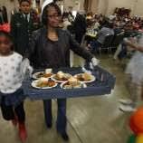 san antonio s raul jimenez thanksgiving dinner serves up thousands